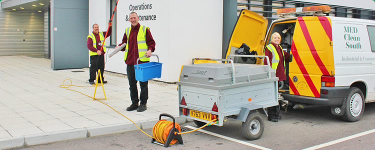 Industrial commercial cleaning comany in Kent
